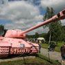 Vojensk� muzeum v Le�anech v�s v�t� nam��enou hlavn� r�ov�ho tanku.
