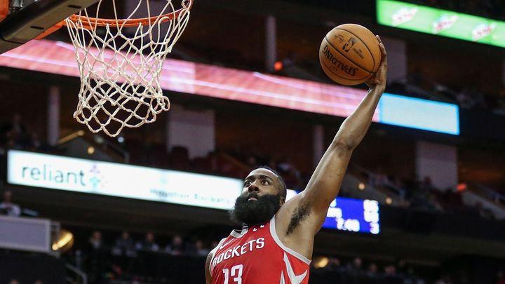 Harden dal 48 bodů a pomohl Houstonu otočit zápas NBA s Lakers