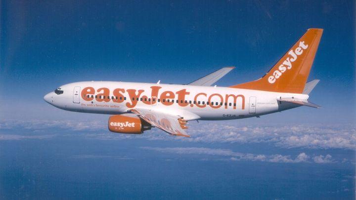 Aerolinkám easyJet roste zisk, zvýší dividendu o třetinu