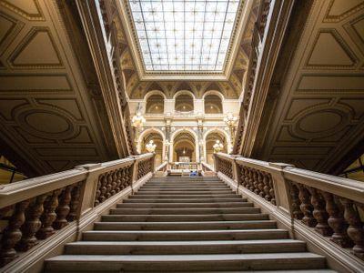 Foto: Nahlédněte s námi do opraveného Národního muzea. Otevře se na počest republiky