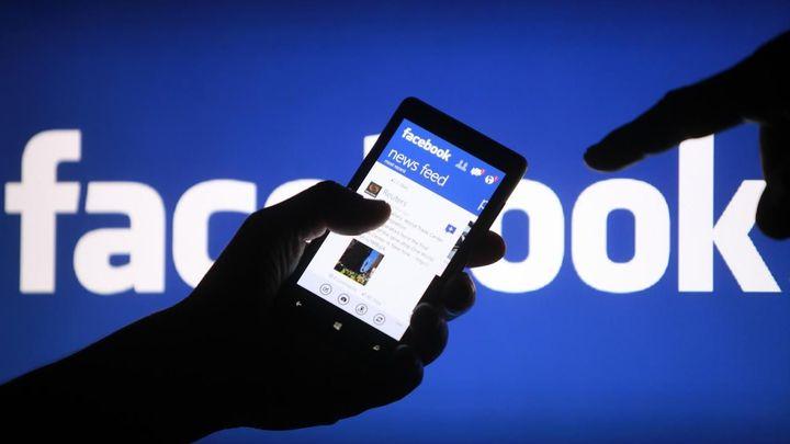 Facebook zvýšil tržby skoro o polovinu. Díky mobilní reklamě