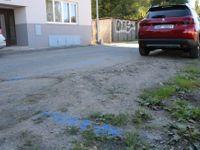 Vyzkoušeli jsme nové parkovací zóny v Praze: Mimopražská auta zmizela, parkomaty jsou ale daleko