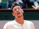 Berdych kvůli bolavým zádům vynechá Wimbledon. Vypadne z elitní padesátky?