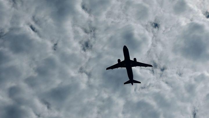 Barmské úřady popřely informace o údajném pádu letadla do moře