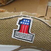 9b192baa631 Celníci našli padělané boty za desítky milionů