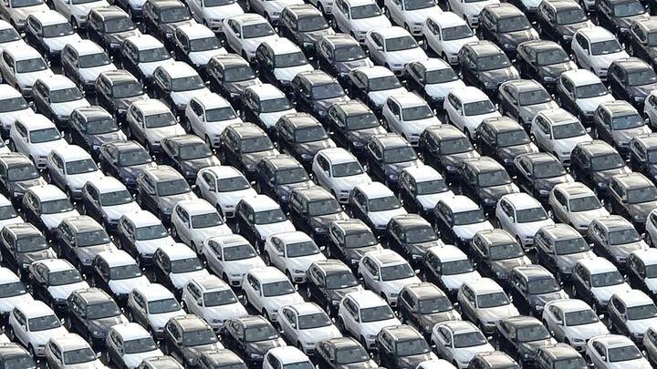 Česká závislost na autech sílí. Hrozí zadření motoru?