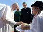 Papež František, pevně usazen v ježíšovské bublině, neúnavně zve k lásce a soucitu