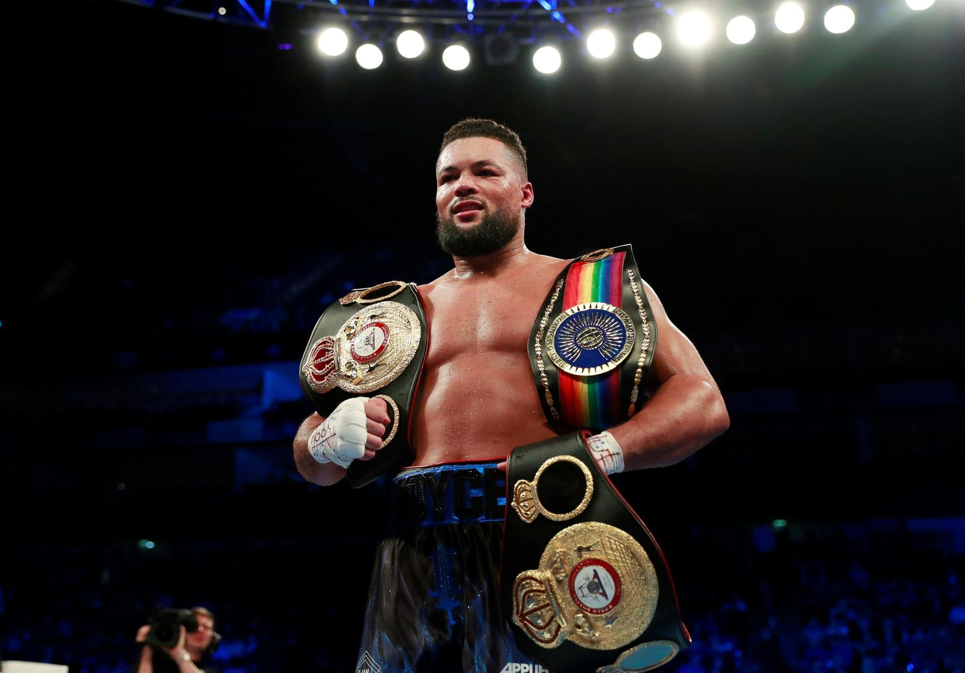 box, Joe Joyce v Bermane Stiverne - Commonwealth Heavyweight Title
