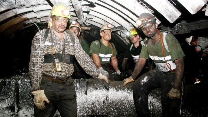 Předčasné důchody pro více horníků OKD. Babiš slíbil změny
