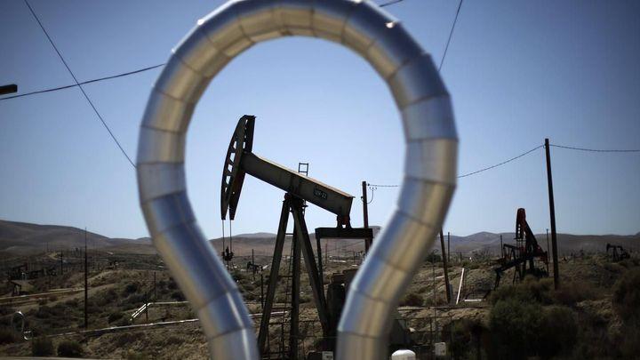Cena ropy Brent se vrátila nad 60 dolarů za barel