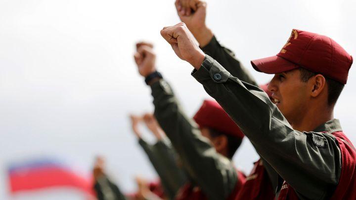 Zbídačená země zvolí prezidenta. Ve Venezuele hladoví i vojáci, na které Maduro spoléhá