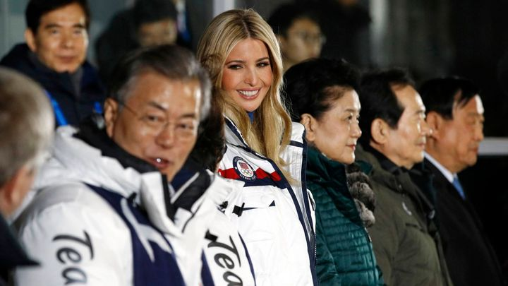 17. den her živě: Ceremoniál k ukončení olympiády sledují také korejský prezident a Ivanka Trumpová