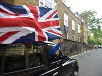 Živě: Britové chtějí opakovat referendum, není právně závazné