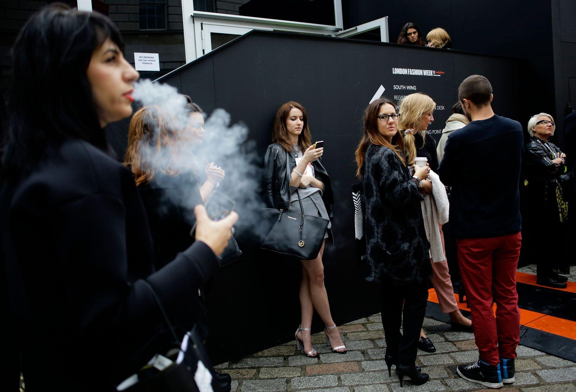 Japonské veřejné kouření