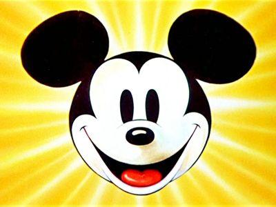 Mickey Mouse slaví 90 let. Amerika kvůli němu měnila zákony, Minnie si musel vzít