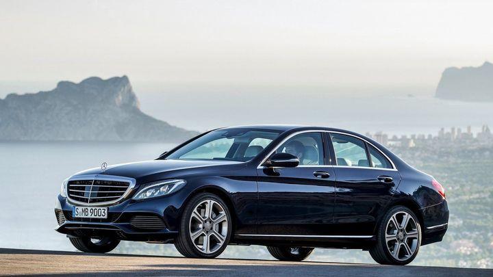 Mercedes-Benz C oficiálně v prodeji. Spotřeba od 4 litrů