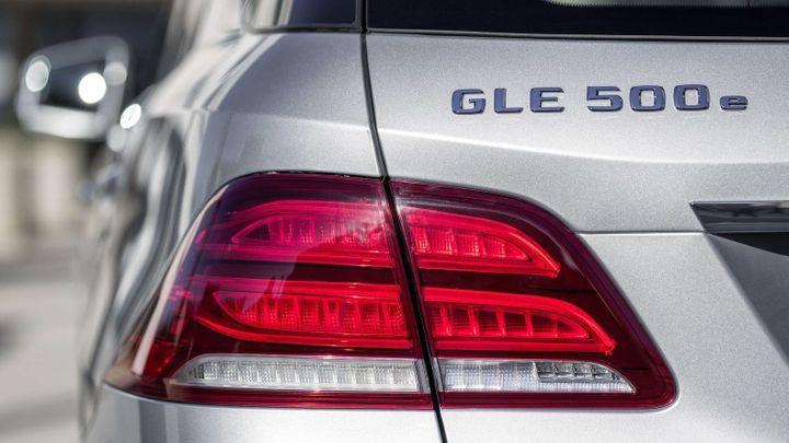 Mercedes mění označení svých aut. Přidá i malá písmena