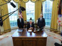 Trump prohrál, nesehnal dost hlasů pro zrušení Obamacare. Rozlítila ho neloajalita republikánů