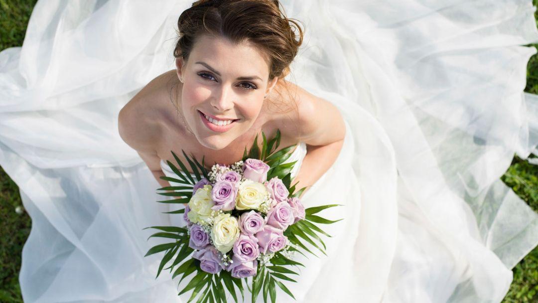 0b2d559c2a5 Jak vybrat svatební šaty  Pozor na tyhle chyby - Žena.cz - magazín ...