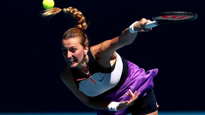 Kvitová - Kontaveitová. Česká tenistka má v první sadě výhodu dvou brejků