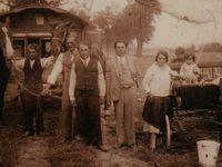 O naší historii nemluvíme, kvůli přežití, říká zástupce Romů
