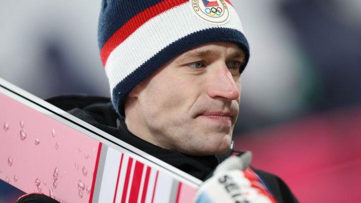 Česká bída ve skocích na lyžích pokračuje. Koudelka byl na Holmenkollenu třetí od konce