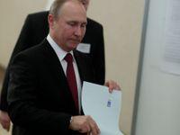 Živě: Rusové volí prezidenta. Podle Kremlu vše probíhá hladce, internet zaplňují videa s podvody