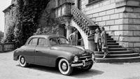 Retro galerie: Fotky starých škodovek zachytily i miss USA