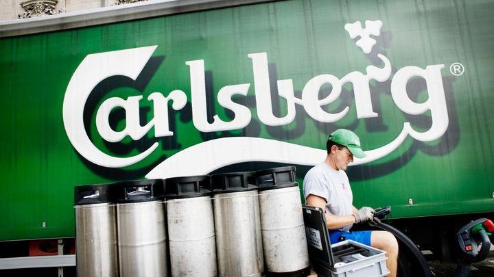 Žatecký pivovar ovládne Carlsberg, světová čtyřka