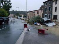 Jih Francie zasáhly silné povodně. Zemřelo nejméně 13 lidí, další je nezvěstný