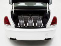 Rolls-Royce prodává kufry za cenu Superbu. Než je vyrobil, ptal se portýrů, jaká zavazadla rádi nosí