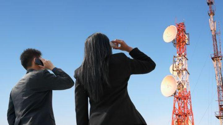 Klienti mobilních operátorů oslabí, souhlasí i Senát