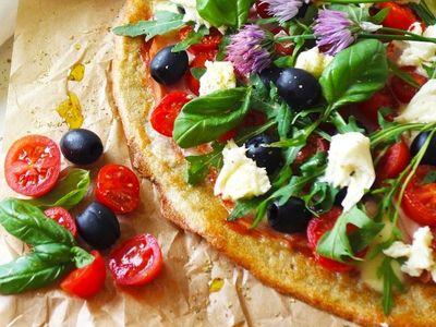 Správný čas vyzkoušet domácí pizzu nastal. Vyberte si z ověřených receptů