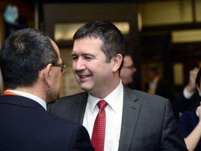 Za ČSSD vyjednávají s ANO zemanovci i sobotkovci. Na veřejnost vyplouvají první možná jména ministrů