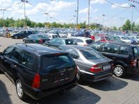 Senát posvětil jednodušší obchodování s auty. Vůz můžete přihlásit kdekoli, nejen v místě bydliště