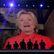 Clintonová se stala prezidentskou kandidátkou. Sanders zastavil hlasování, aby ukázal jednotu strany