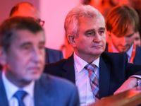 Živě: Hůře dostupná než Krym je už jen KLDR, řekl Štěch. Babiš: Syn tam byl šťastný