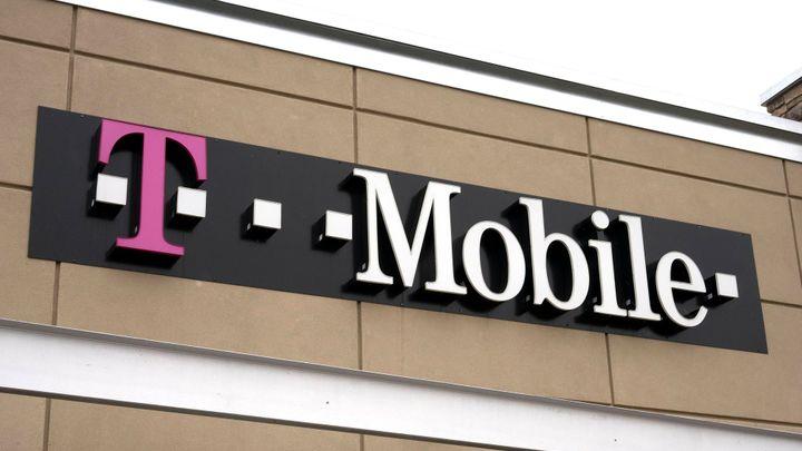 T-Mobile po letech propadu zvýšil tržby, rostly o procento