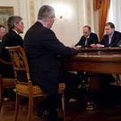 Němečtí byznysmeni spěchají do Moskvy. Žehlit vztahy s Rusy