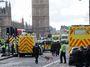 Reakce Britů na útok: Nebojíme se. Teror nevyhraje. V Česku teroristé už vyhráli