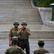 Při útěku podplatil vojáky, v Soulu ho hlídá ozbrojenec. Navštívili jsme místo, odkud se mění KLDR