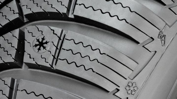 Nápověda pro jízdu v zimě. Z ojeté pneu zmizí symbol vločky