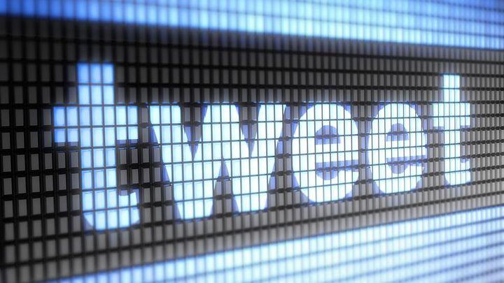 Příjmy Twitteru překonaly očekávání, ale zůstal ve ztrátě