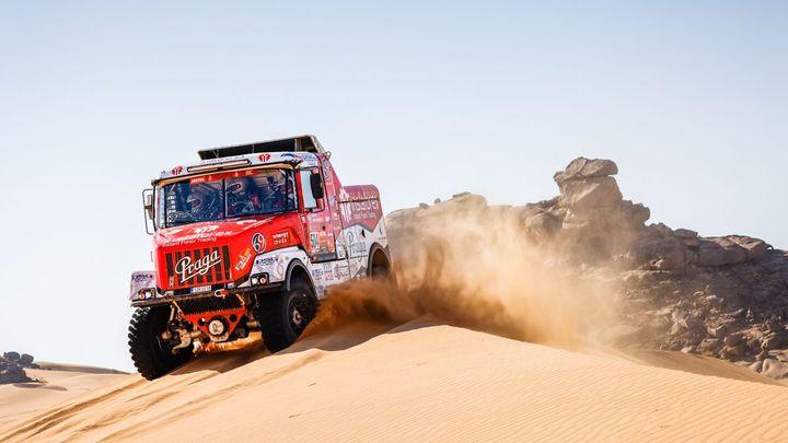 Prokop ztratil 86 minut, v 6. etapě Dakaru byli z Čechů v top 10 jen jezdci kamionů