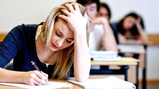 Vstup na vysokou školu je v mnohém krokem do neznáma a první rok na vás čeká spousta.