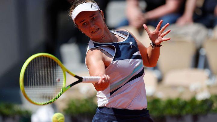 Krejčíková usiluje o semifinále, proti Gauffové odvrátila setbol a bojuje o vedení; Zdroj foto: Reuters
