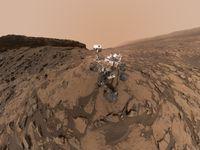 Robot Curiosity slaví 2000 dní na Marsu. Tým NASA vybral jeho nejzásadnější snímky