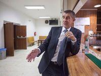 Pořád je lepší mít Andreje Babiše než Viktora Orbána, tvrdí belgický politolog