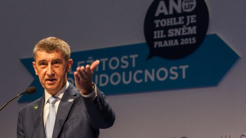 Všichni zastupitelé Karlových Varů za ANO opouští hnutí, nesouhlasí s vedením