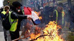 Ruská sněhová koule se valí Francií a Evropou. Da zdravstvujet Putin